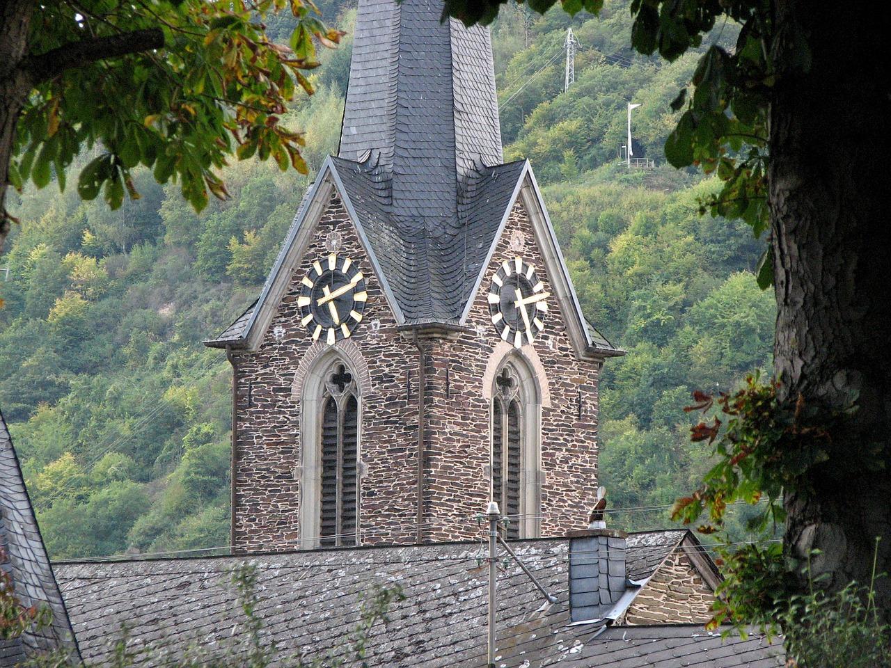 Neef Moezel Kerk